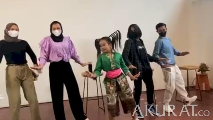 Ramaikan Pembukaan JICON Dance Fest, Bowo TikTok: Ini Ajang Kreatif - Foto 1