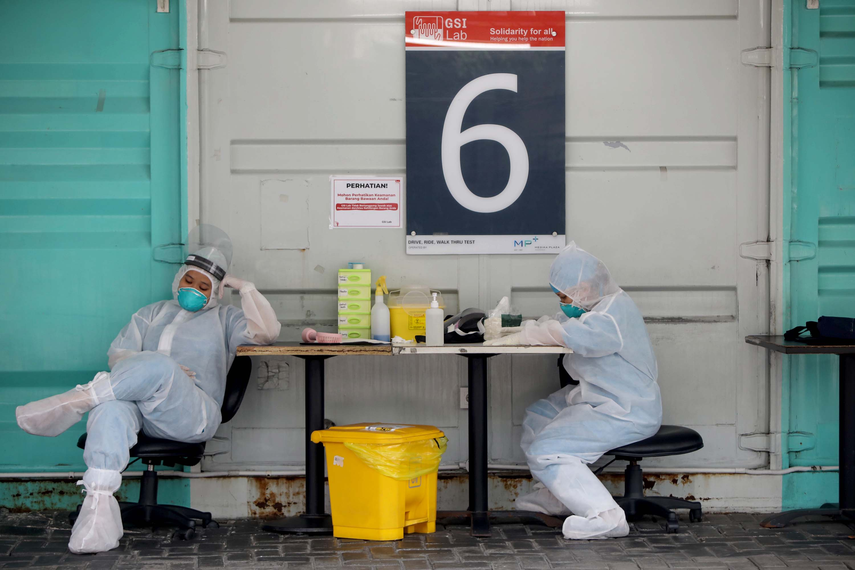 Pemerintah Wajibkan Tes PCR Untuk Tingkatkan Kapasitas Penumpang
