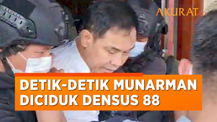 Detik-Detik Munarman Eks Sekum FPI Diciduk Densus 88
