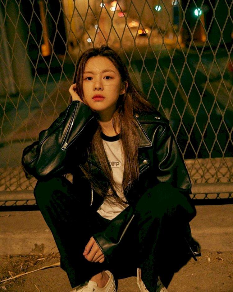 7 Potret Manis Go Yoon-jung, Aktris Rookie yang Bintangi Drama Law School - Foto 7