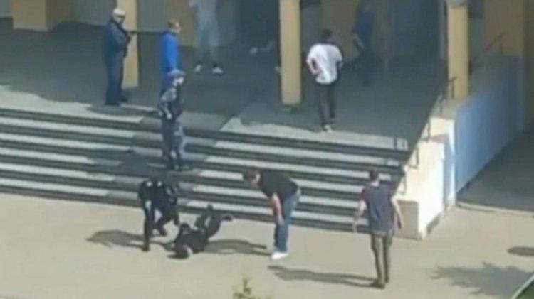 Mencekam 11 Tewas dalam Penembakan di Sekolah Rusia - Foto 2