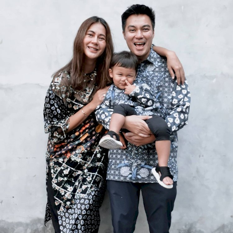 Outfit Kece 10 Keluarga Artis saat Lebaran, Siapa Paling Cetar - Foto 4