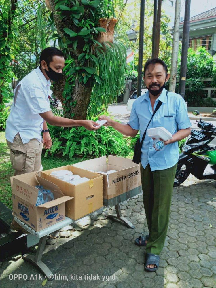 Kesederhanaan Puasa Ramadhan dan Lebaran Ketua Dewan Komisioner OJK - Foto 3