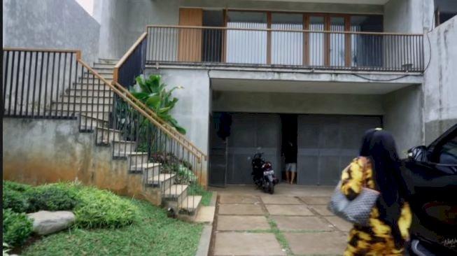 Rumah Baru Kebanjiran, Nisya Ngadu ke Raffi Ahmad - Foto 1