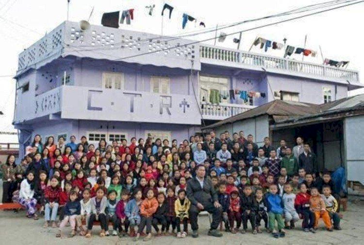 Pemegang Rekor Keluarga Terbesar, Ziona Chana Meninggal Dunia, Tinggalkan 38 Istri dan 89 Anak - Foto 2