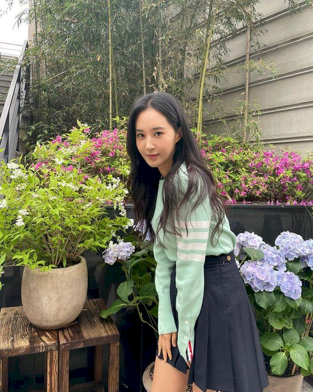 7 Potret Terbaru Kwon Yuri, Comeback Drama Bossam: Steal the Fate - Foto 1