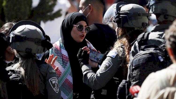 Pawai Bendera dari Ribuan Nasionalis Israel Picu Bentrokan, 17 Warga Palestina Ditangkap, 33 Luka - Foto 1
