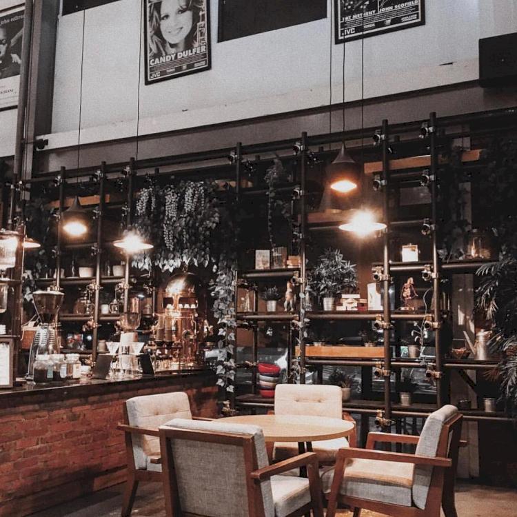 5 Kafe Kekinian di BSD, Cocok Jadi tempat Nongkrong - Foto 3