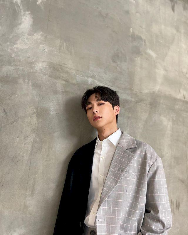 7 Potret Bae In-hyuk, Aktor Rookie yang Tengah Naik Daun - Foto 2