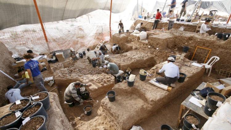 Manusia Purba Jenis Baru Ditemukan di Israel, Diduga Hidup Berdampingan dengan Manusia Modern - Foto 1