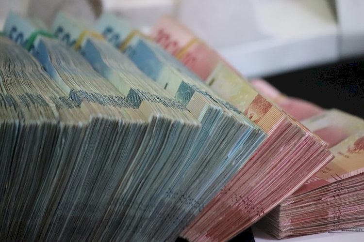 7 Ciri Pinjaman Online Ilegal yang Perlu Kamu Tahu, Patok ...