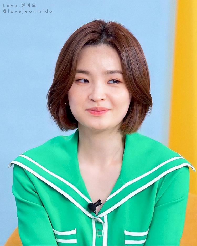7 Potret Manis Jeon Mi-do, Jadi Dokter Imut di Hospital Playlist - Foto 6