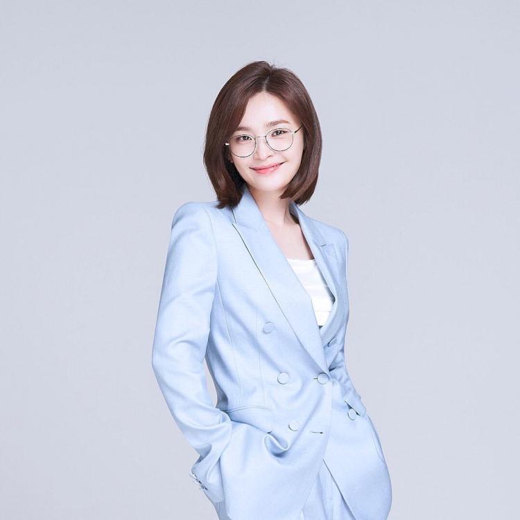 7 Potret Manis Jeon Mi-do, Jadi Dokter Imut di Hospital Playlist - Foto 2