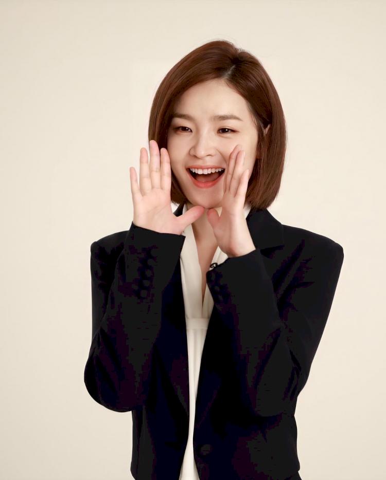 7 Potret Manis Jeon Mi-do, Jadi Dokter Imut di Hospital Playlist - Foto 3