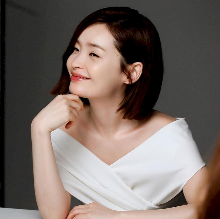 7 Potret Manis Jeon Mi-do, Jadi Dokter Imut di Hospital Playlist - Foto 4