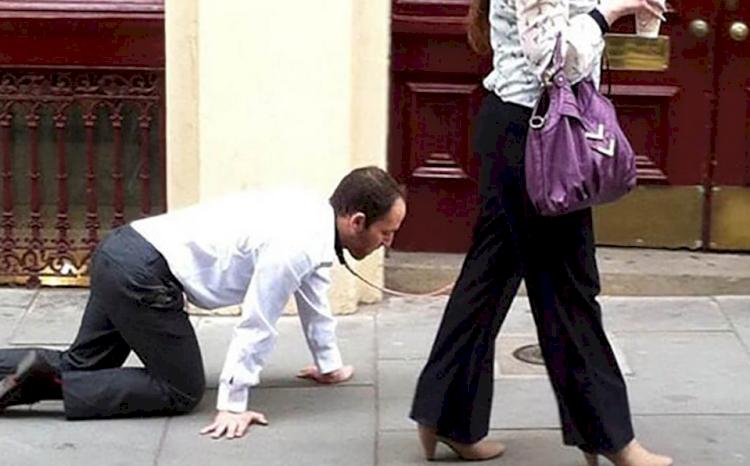 5 Kisah Unik Warga Dunia Langgar Aturan COVID-19, Suruh Suami Bertingkah Seperti Anjing demi Bisa Jalan-jalan - Foto 3