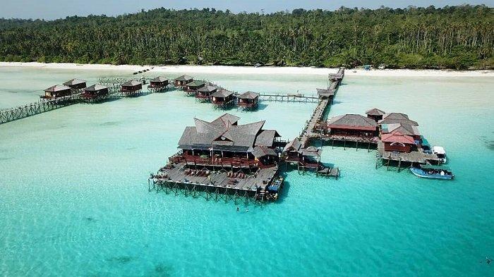 Pesona Pulau Maratua, Surga Bawah Laut yang Ada di Kalimantan Timur - Foto 3