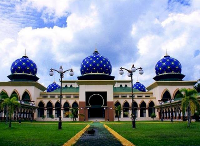 Melihat Masjid-Masjid Megah di Provinsi Riau, Ada yang Terbesar di Indonesia Lho - Foto 4