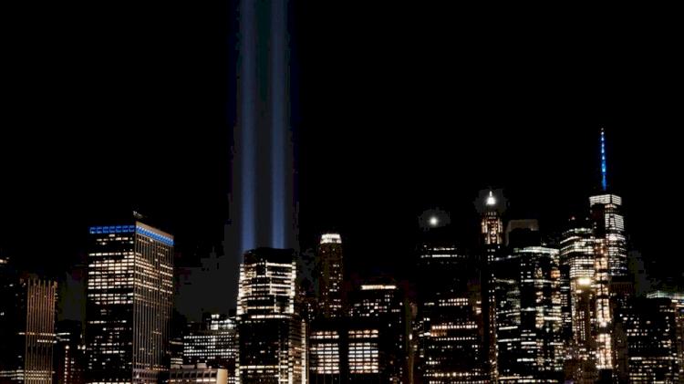 20 Tahun Berlalu, Peringatan 911 Tetap Banjir Air Mata saat Kenang 2.977 Korban - Foto 1