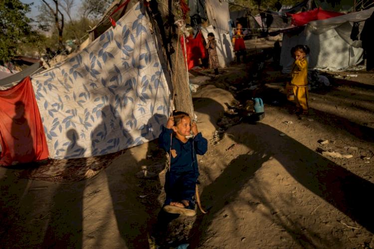 Demi Perdamaian, Pakistan Ajak Komunitas Internasional untuk Terlibat dengan Pemerintah Taliban - Foto 2