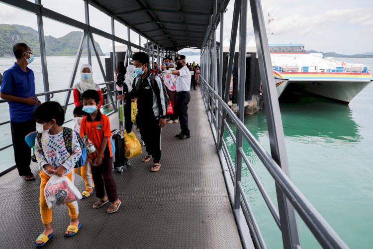 Buka Langkawi, Malaysia Coba Pulihkan Wisata Khusus bagi Turis yang Sudah Divaksin Covid-19 - Foto 1