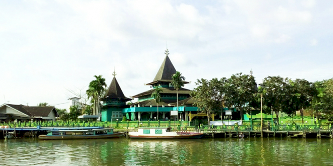 Penuh Sejarah Inilah Deretan Masjid Tertua di Provinsi Kalimantan Selatan - Foto 1