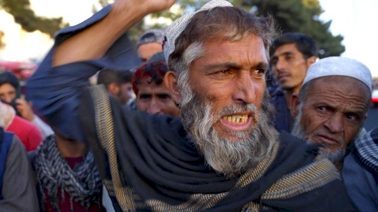 Saya Tidak Mampu Membeli Roto, Potret Warga Afganistan Melawan Kelaparan di bawah Taliban - Foto 2
