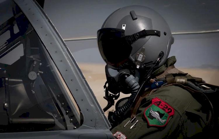 Tak Kunjung Diselamatkan AS, Para Pilot Afganistan Terima Nasib Tak Tentu Bersembunyi di Tajikistan - Foto 3