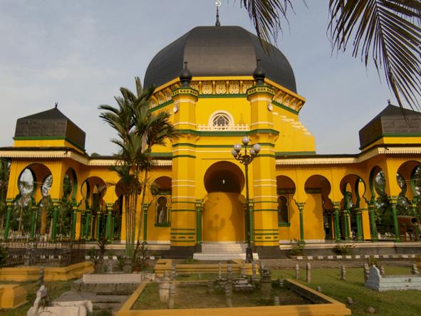 Inilah 4 Wisata Religi Favorit Traveler Muslim di Sumatera Utara, Kalian Kapan Kesini - Foto 2