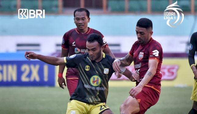 Borneo FC vs Barito Putera: Gol Penalti Torres Selamatkan Pesut Etam dari Kekalahan