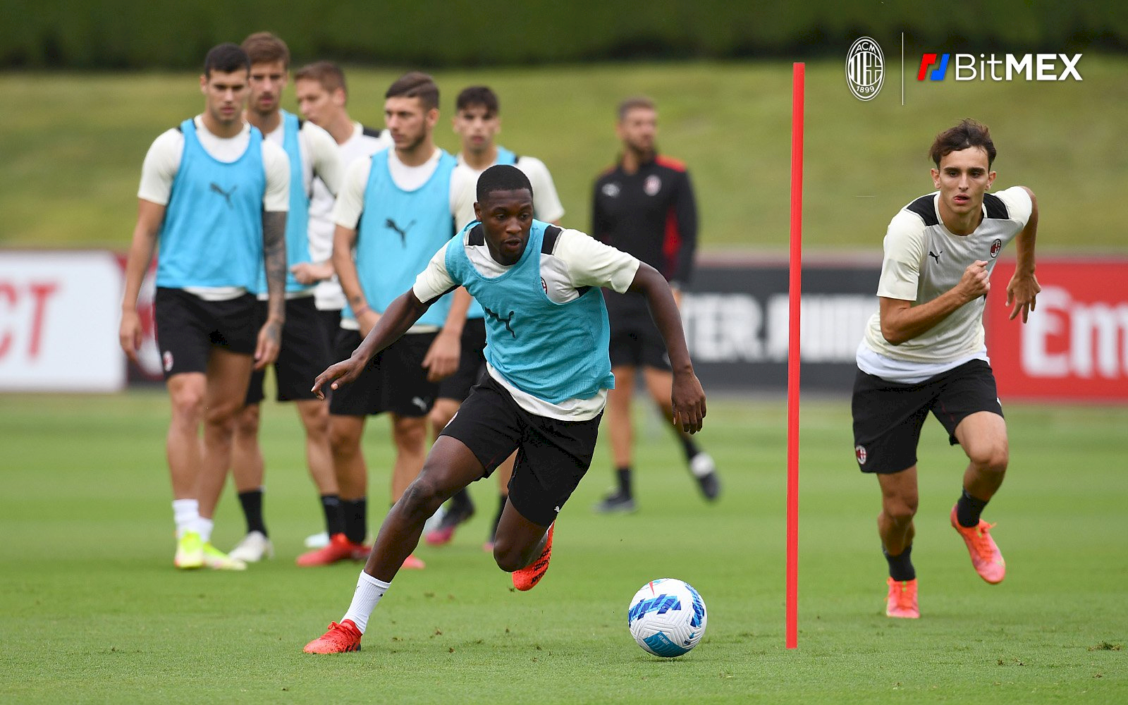 Prediksi AC Milan vs Venezia: Rossoneri Diterpa Badai Cedera