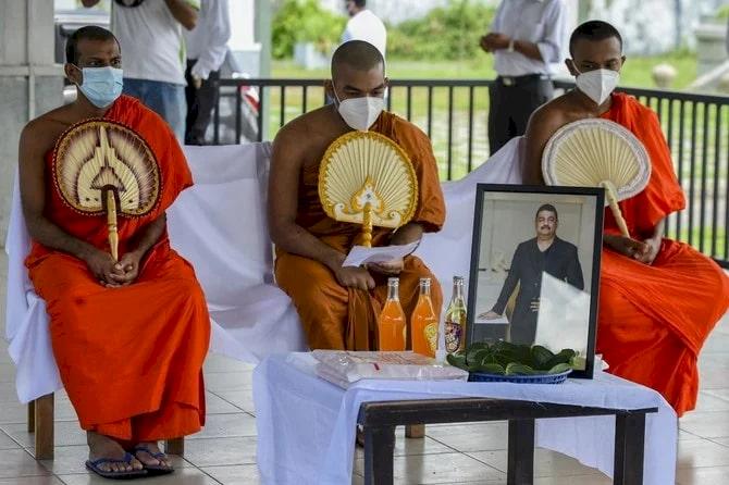 Sesumbar 'Kesaktiannya' Mampu Akhiri Pandemi, Dukun Sri Lanka Ini Wafat akibat Covid-19