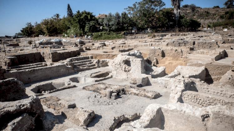 Pabrik Anggur Raksasa Berusia 1.500 Tahun Ditemukan di Israel, Diklaim Jadi yang Terbesar di Dunia - Foto 2