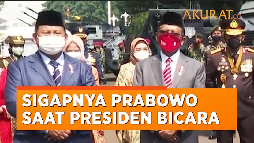 Momen Sigapnya Prabowo saat Presiden Jokowi Berbicara Tuai Pujian