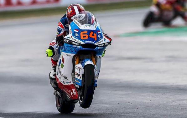 Detik-detik Pembalap Tim Indonesia Nyaris Celaka di Moto2 Emilia Romagna